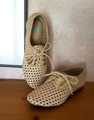 Zapatos adolfo dom nguez de segunda mano por 42 en casas for Adolfo dominguez web corporativa