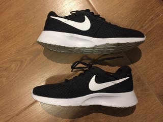 Zapatillas Nike Roshe Run 40