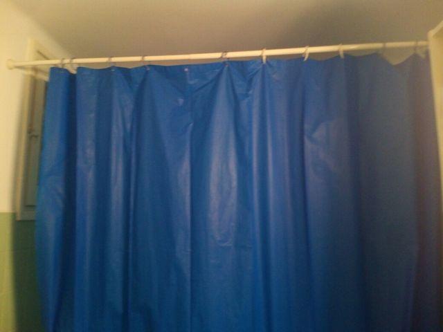 Barra de cortina y cortina de bañera