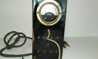 Elevador-Reductor con Voltímetro