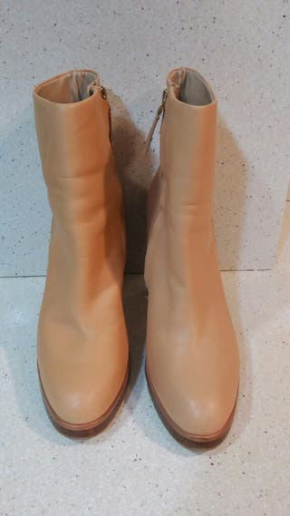 Botines de Zara de piel súper nuevos