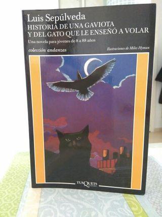 Historia de una gaviota y del gato que....