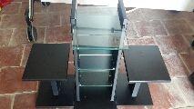 mueble para micro cadena y altavoces