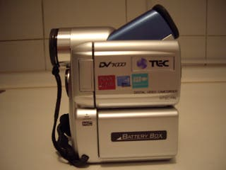 Cámara vídeo. con maletin, tarjeta d memoria.
