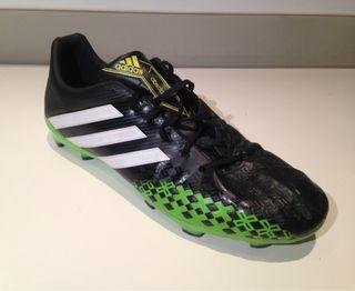 Botas fútbol Adidas Predator de segunda mano por 25 € en