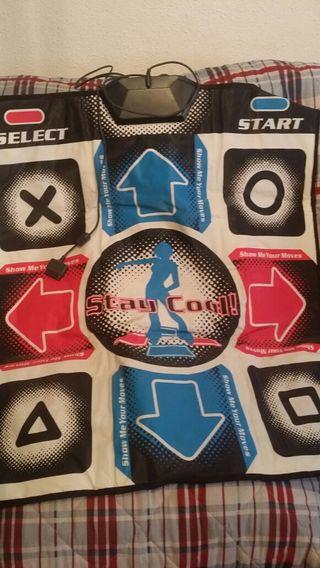Playstation 2. Alfombrilla de baile.