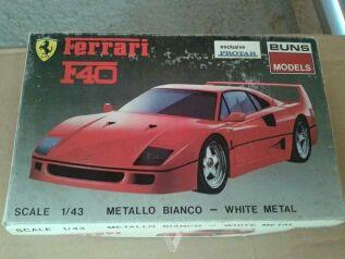 Maqueta metall Ferrari F-40