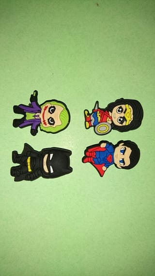PINS Charms Superheroes Mini 4 Crocs & Jibbitz