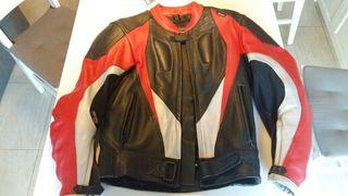 chaqueta moto kum cuero talla S