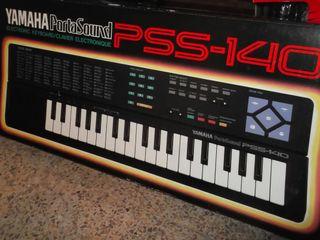 Teclado Yamaha portasound PSS-140