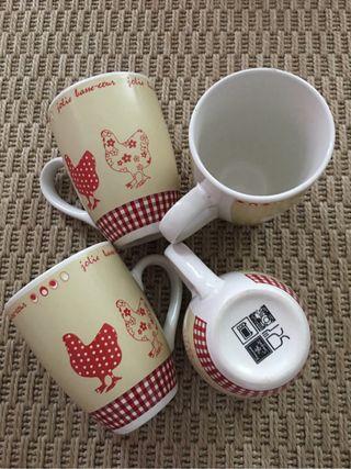 4 mug jamais utilisé en céramique
