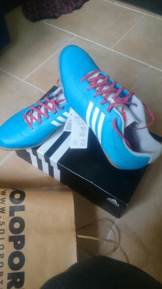 Zapatillas adidas futbol sala NUEVAS