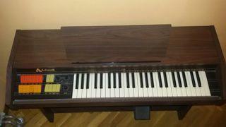 Piano/Órgano eléctrico antiguo