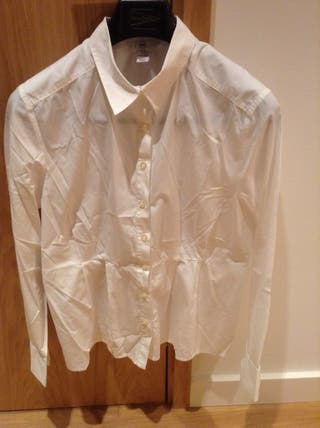Camisa De Mujer Talla 44. Nueva