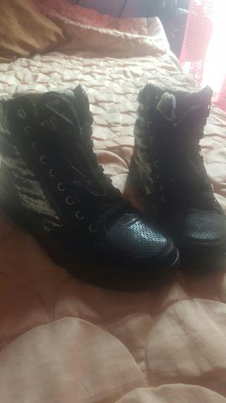 zapatillas abotinadas mustang