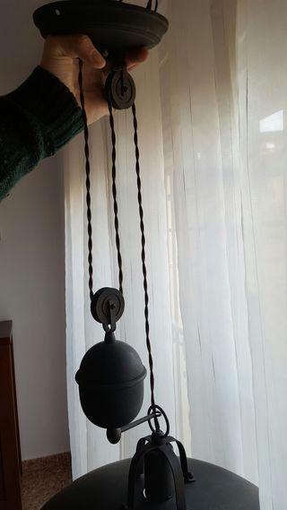 Lámpara vintage de techo con polea