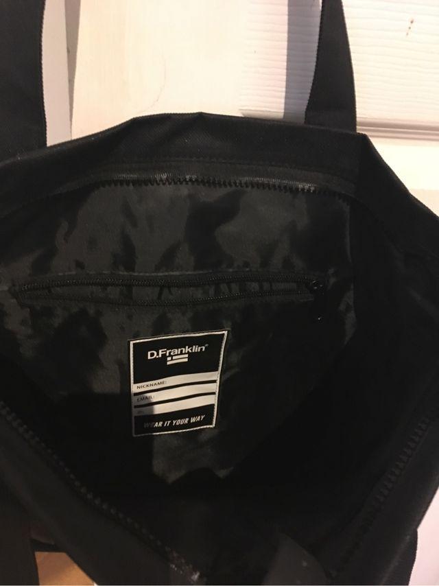 DFranklin black sport bag