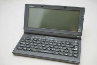 Mini ordenador táctil Casio Cassiopea