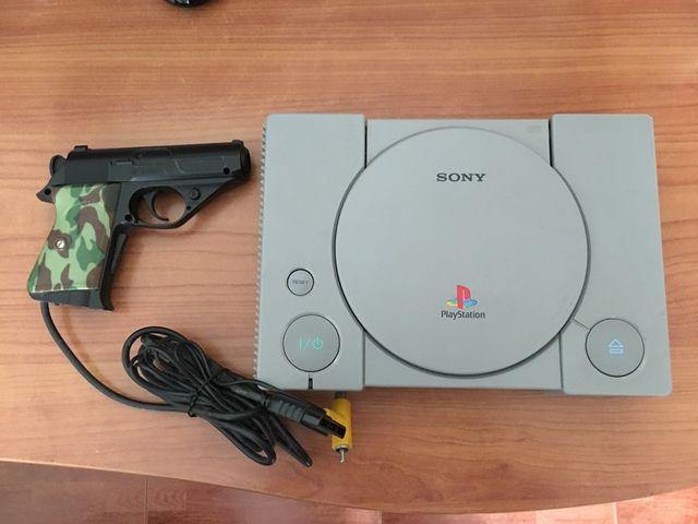 Playstation con pistola