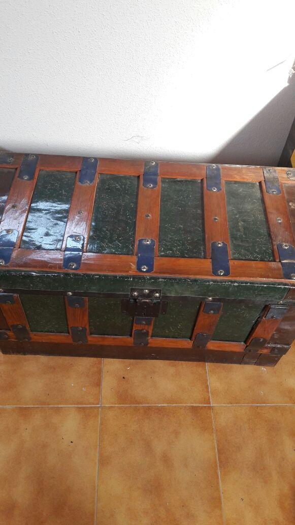 Baules Antiguosoferton De Segunda Mano Por 40 En Yunclillos En - Baules-antiguos