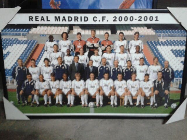Foto plantilla Real Madrid 2000/01