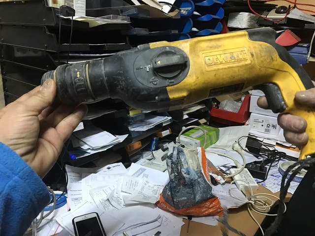 Martillo taladro multifuncion dewalt D25114 maleti