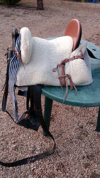 montura caballo mixta ,silla