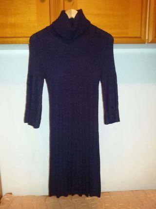 Vestido morado de lana