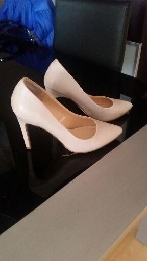 20 pares de calzado