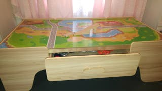 mesa de tren con circuito madera