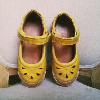 Zapato niña talla 26