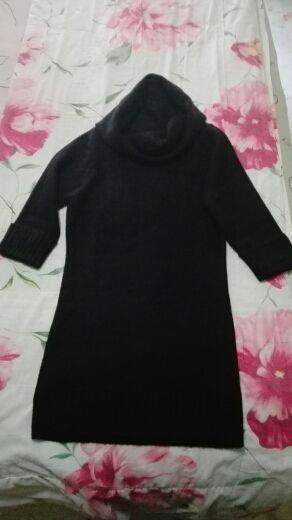 Jersey marca Inside color negro.