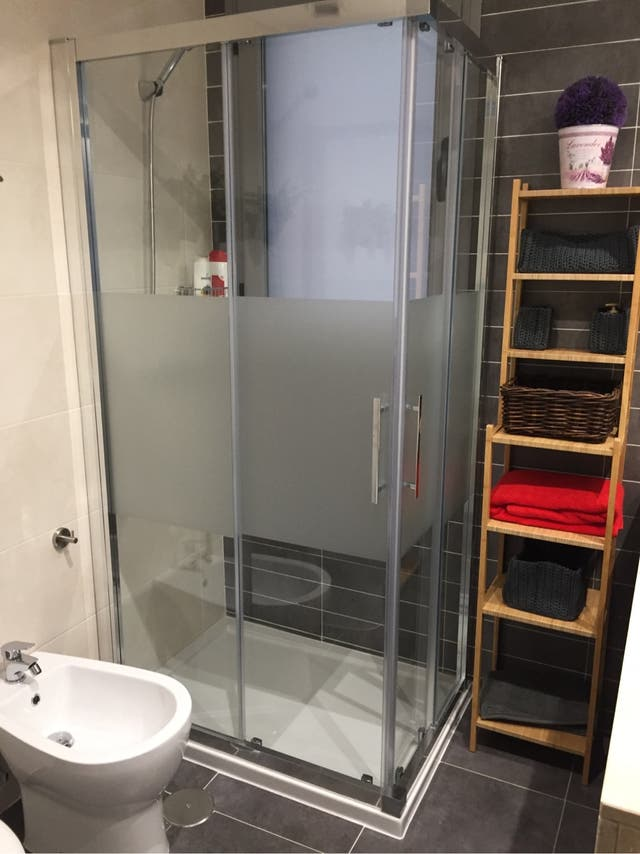 Vinilo para cristal puerta mamparas ducha cocina de segunda mano por 30 en madrid en wallapop - Vinilo puerta cocina ...