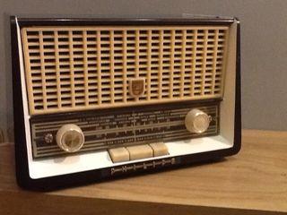 radio Antigua De Valvulas PHILIPS