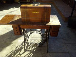 Maquina antigua de coser Singer