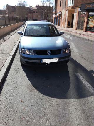 Volkswagen Passat 1.9 110cv