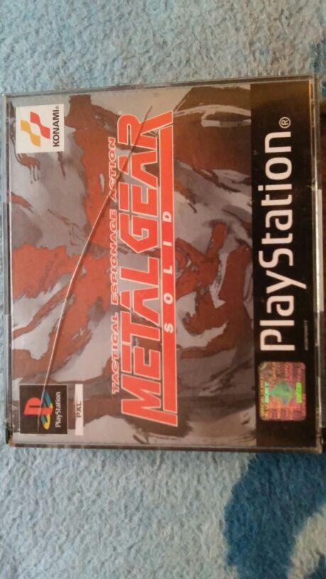 juego playstation 1. metal gear solid