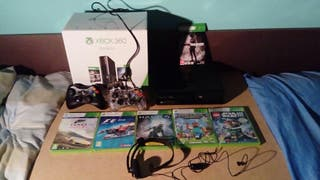 Consola Xbox 360 E