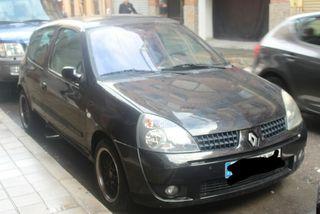 Renault clio con Avería motor
