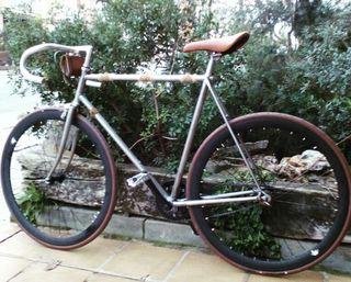 Bicicleta Fixie,urbana,vintage,flip flop.