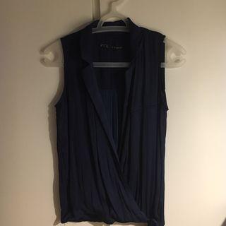 Blusa azul marina ZARA, Talla XS