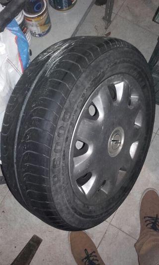 Vendo mi rueda entera