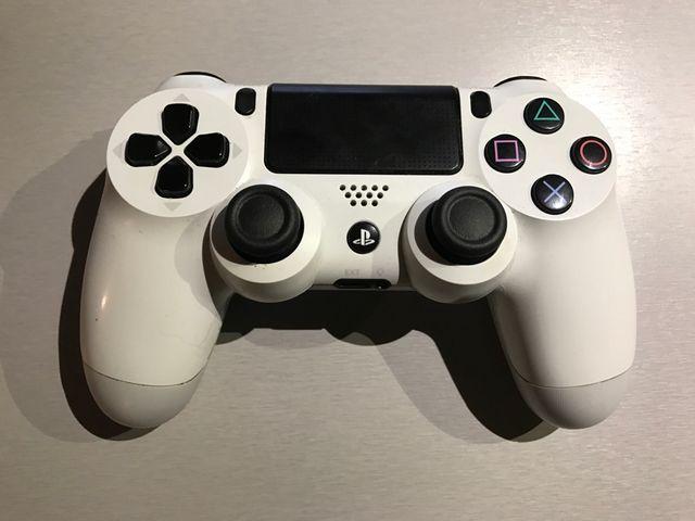Mando PS4 blanco original