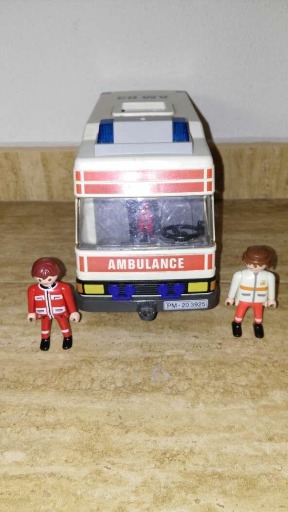 Playmobil ambulancia 3925