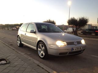 Volkswagen Golf 1.8.