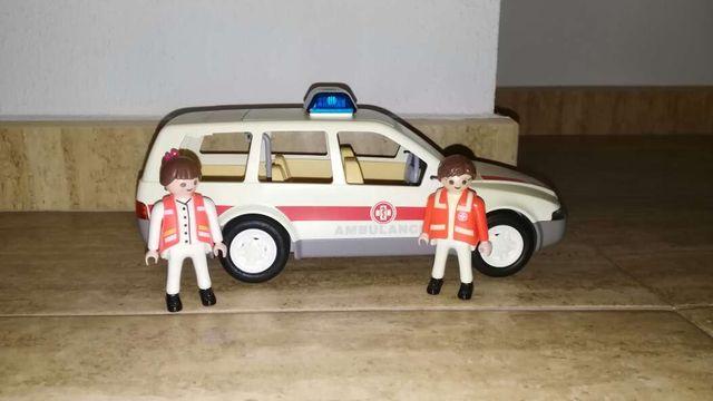 Playmobil ambulancia 4223