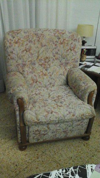 Sofá vintage de 3 plazas y dos sillones individuales