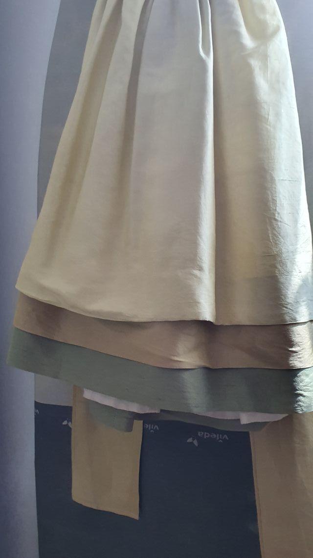Vestido y chaqueta para ceremonias talla 6.