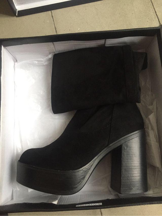 Botas de caña alta negras T39
