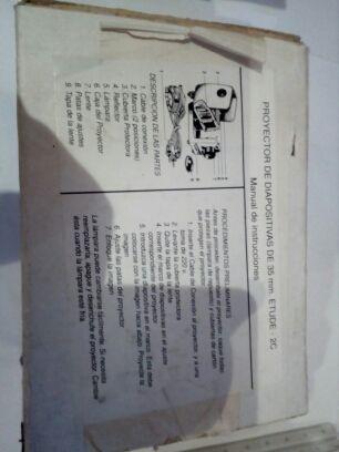 proyector manual de la antigua URSS